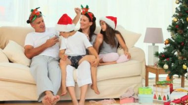 A Christmas day in a family — Stock Video