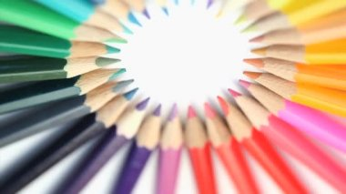 Color pencils joined at their top — Stock Video