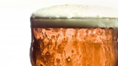 Pint of beer in super slow motion — Stock Video