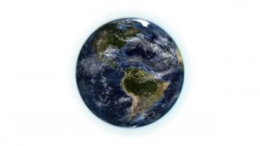 Tierra en movimiento con la mudanza de las nubes con fuente imagen cortesía de nasa.org — Vídeo de Stock