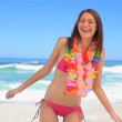 Brunette womwearing flower garland — Stock Video #20875609