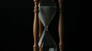 Sand falling from a hourglass — Stock Video