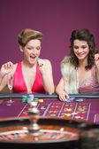 Women winning at roulette — Stock Photo