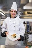 Chef, apresentando seu prato — Foto Stock