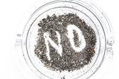 нет, изложены в золы в пепельницы — Стоковое фото