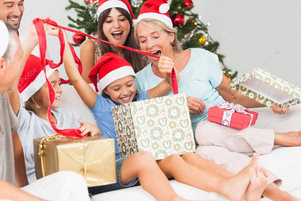 Новогодние подарки семье своими руками