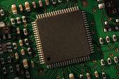 зеленые и черные электронной цепи — Стоковое фото