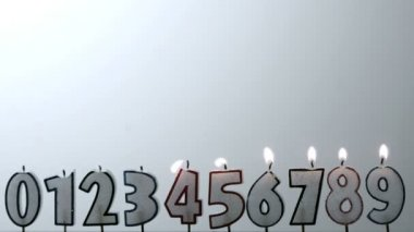 Number candles blowing out in numerical order with copy space — Stock Video