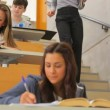 Students working at the lecture hall — Stock Video