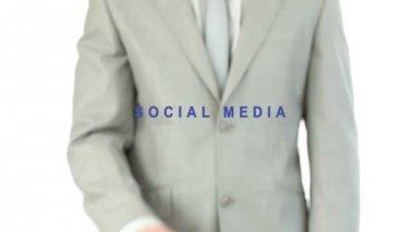 Man pressig the social media button — Stock Video