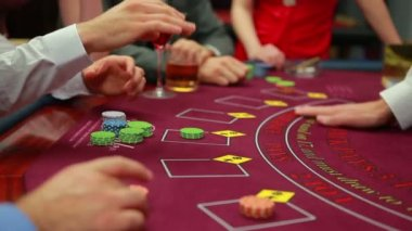 Cards being dealt at poker game — Stock Video