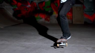 Front view of skater doing double kickflip trick — Stock Video