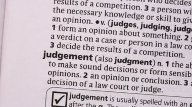 Judgement highlighted in green — Vídeo Stock