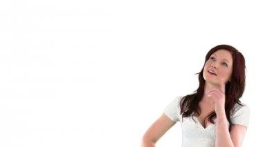 Junge frau, wenn man bedenkt schwangerschaft — Stockvideo