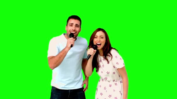 Friends dancing and singing on green screen — Vidéo