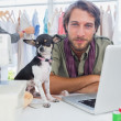 Chihuahua and fashion designer — Stock Photo