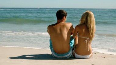 Happy couple on the beach — Stock Video