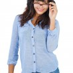 Cute woman wearing glasses — Stock Photo