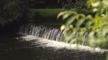 Video of idyllic waterfall — Vídeo de stock