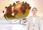 Složený obraz bez úsměvu asijské podnikatelka chůzi — Stock fotografie