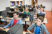 Students in the college computer room — Foto Stock