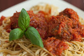 Close up of spaghetti and meatballs — Stock Photo