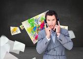 επιχειρηματίας κουβάρι επάνω σε τηλέφωνο σύρματα και απομονώνονται — Φωτογραφία Αρχείου