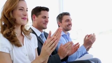 Business people clapping — Stock Video