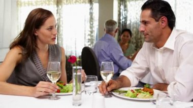 Couple having a romantic meal together — Vídeo de stock