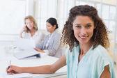 Donna d'affari durante la riunione — Foto Stock