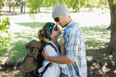 Couple embracing each other on a hike — Foto Stock