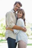 пара в парке — Стоковое фото