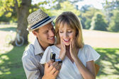 Man surprising his girlfriend with a proposal — Stock Photo