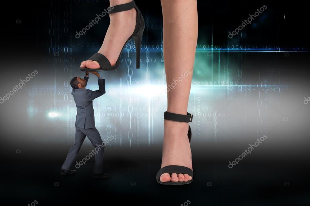 Piedi femminili calpestare uomo d 39 affari foto stock for Piani di studio 300 piedi quadrati
