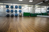 Empty fitness studio — Stock Photo