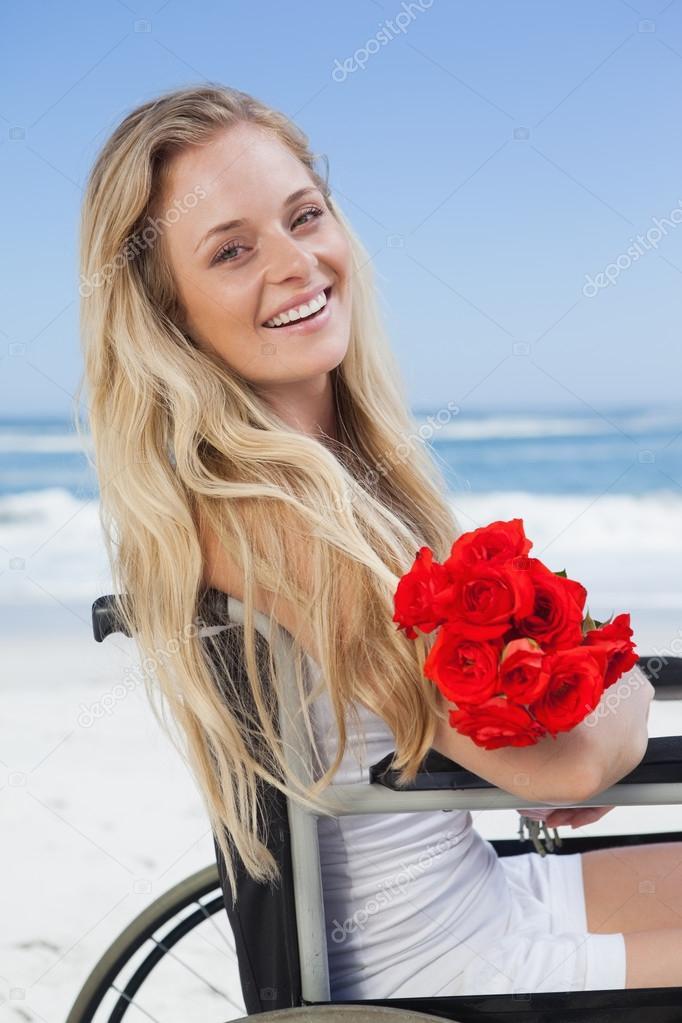 блондинка привязана фото