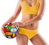 Dívka drží vlajky fotbal — Stock fotografie