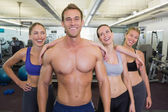 Handsome instructor is popular with the ladies — Stock Photo