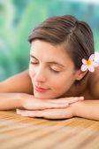 Schönen frau auf massagetisch hautnah — Stockfoto