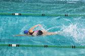 Adatta formazione nuotatore da sola — Foto Stock