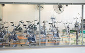 Empty spin studio with fans — Stock Photo