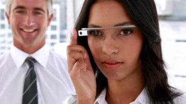 Businesswoman using smart glasses — Wideo stockowe