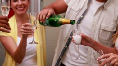 业务团队和香槟庆祝 — 图库视频影像