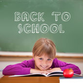 Back to school message against pupil — Stockfoto