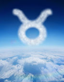 Cloud in shape of taurus star sign — Stock Photo