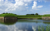 Summer landscape at the medieval fort of Naarden in the Netherla — Stock Photo