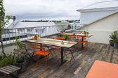 Moderne café auf der terrasse — Stockfoto