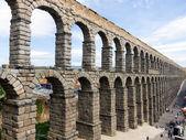 Roman Aqueduct in Segovia — Стоковое фото