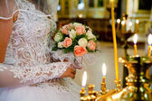The bride on ceremony of wedding - internal church — 图库照片