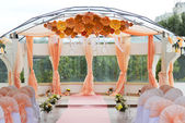 Wedding ceremonial arch — Stockfoto